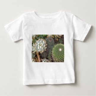 cacti baby T-Shirt