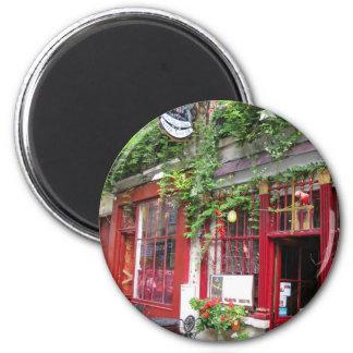 Cafe in Paris 6 Cm Round Magnet
