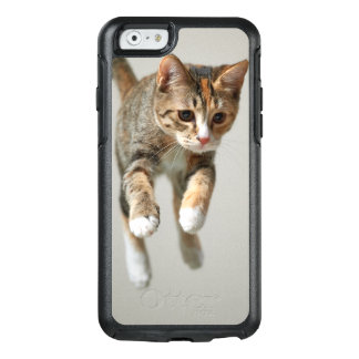Calico Cat Jumping OtterBox iPhone 6/6s Case