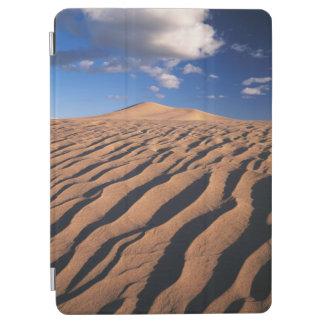 California, Dumont Dunes in the Mojave Desert iPad Air Cover