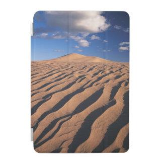 California, Dumont Dunes in the Mojave Desert iPad Mini Cover