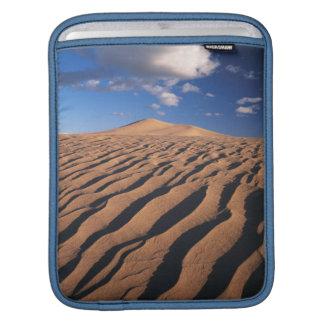 California, Dumont Dunes in the Mojave Desert iPad Sleeve