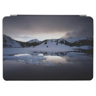 California, Sierra Nevada Mountains 13 iPad Air Cover