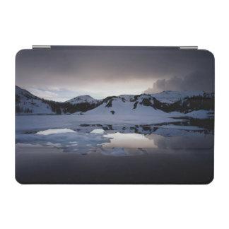 California, Sierra Nevada Mountains 13 iPad Mini Cover