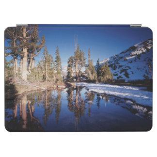 California, Sierra Nevada Mountains 2 iPad Air Cover