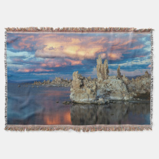 California, Sierra Nevada Mountains Throw Blanket