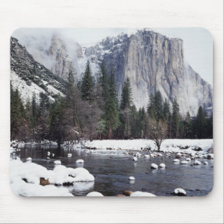 California, Sierra Nevada Mountains, Yosemite 2 Mouse Mat