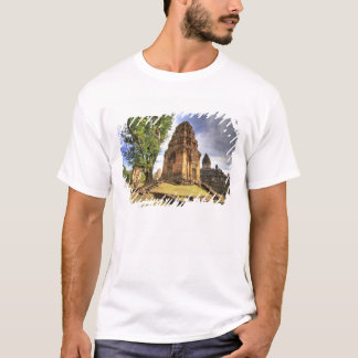 Cambodia, Angkor Wat. View of Bakong Temple. T-Shirt