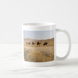 camel caravan basic white mug