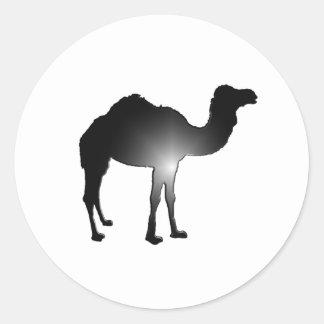Camel illusion classic round sticker