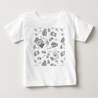 camera photo baby T-Shirt