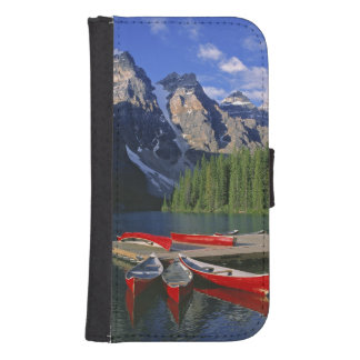 Canada, Alberta, Moraine Lake. Red canoes await Samsung S4 Wallet Case