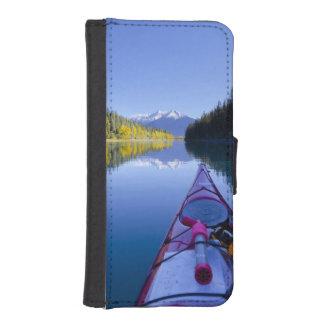 Canada, British Columbia, Bowron Lakes iPhone SE/5/5s Wallet Case