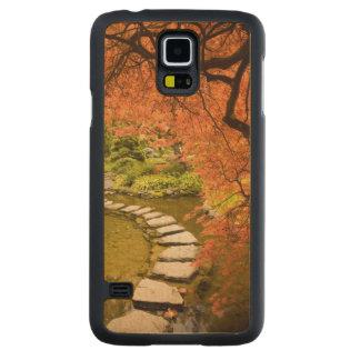 CANADA, British Columbia, Victoria. Autumn Carved Maple Galaxy S5 Case