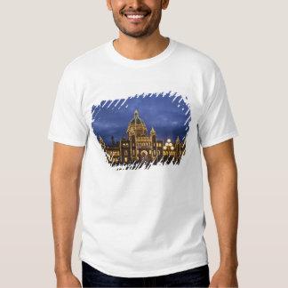 CANADA, British Columbia, Victoria. Evening, Tee Shirts