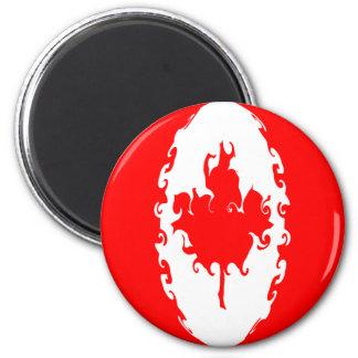 Canada Gnarly Flag 6 Cm Round Magnet