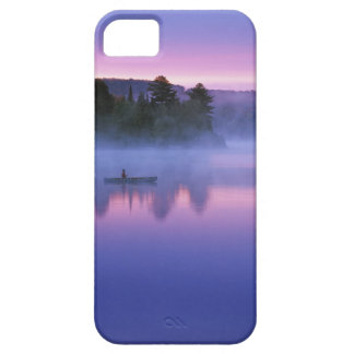 Canada, Ontario, Algonguin Park, Canoeist on iPhone 5 Cases