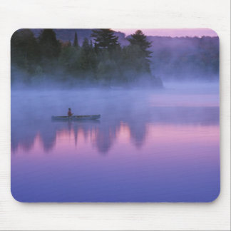 Canada, Ontario, Algonguin Park, Canoeist on Mouse Mat
