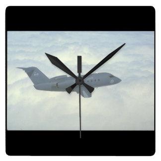 Canadair Challenger. (challenger_Military Aircraft Clocks