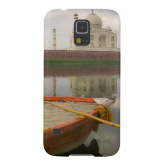 Canoe in water with Taj Mahal, Agra, India Galaxy S5 Cases