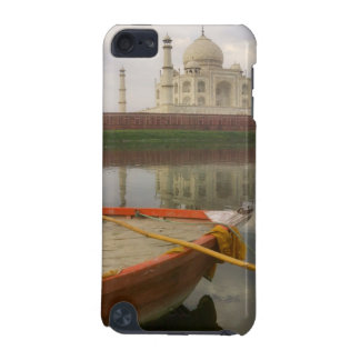 Canoe in water with Taj Mahal, Agra, India iPod Touch 5G Cover