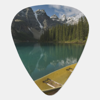 Canoe parked at a dock along Moraine Lake, Banff Plectrum