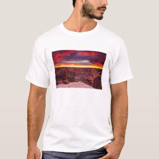 Canyon de Chelly, sunset, Arizona T-Shirt