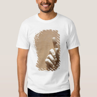 Capitol Museum, hand  from emperor constantine T Shirt