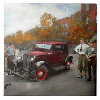 Car - Accident - Late for tee time 1932 Large Square Tile