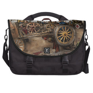 Car - Garage - Blue collar work 1923 Laptop Computer Bag