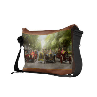 Car - Race - Hold on to your hats 1915 Commuter Bags