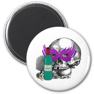 CARNIVAL SKULL WITH MASK AND WINE BOTTLE PRINT 6 CM ROUND MAGNET