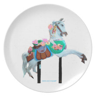 """CAROUSEL HORSE MELAMINE PLATE FACING RIGHT"""