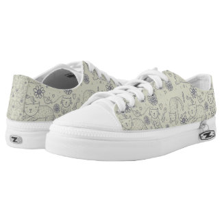 Cartoon pattern with funny cats low tops