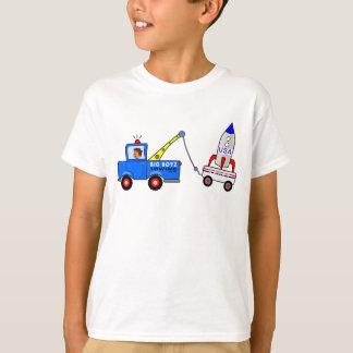 cartoon tow truck pulling USA space rocket T-Shirt