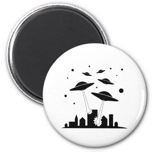 Cartoon UFO Invasion Magnets