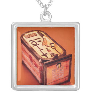 Cartouche-shaped box silver plated necklace