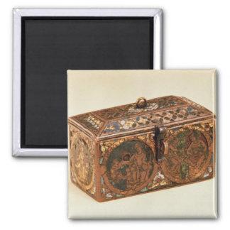 Casket, 13th century magnet