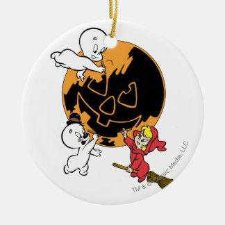 Casper, Wendy & Spooky Painting Round Ceramic Decoration