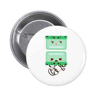 cassettes trouble 6 cm round badge