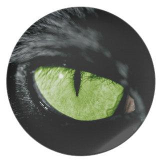 Cat eye plate