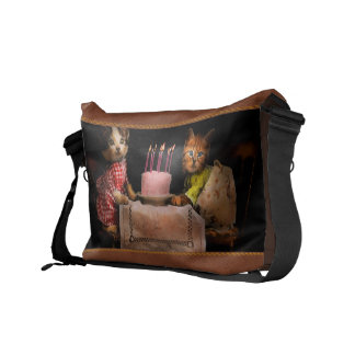 Cat - It's our birthday - 1914 Messenger Bag