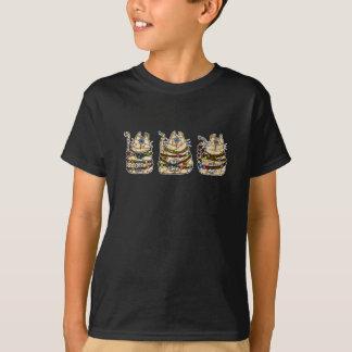cat mummy trio T-Shirt
