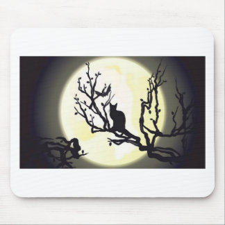 Cat on tree design mouse pads
