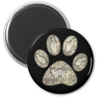 CAT PAW WITH CATS 6 CM ROUND MAGNET