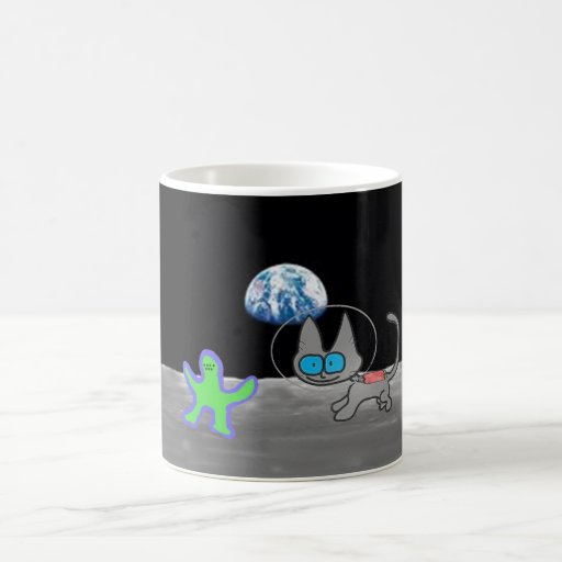 Cat Playing Chase With An Alien Friend On The Moon Mugs