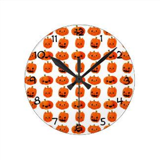 Cat Pumpkin Head Pattern Round Clock