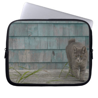 Cat with no tail laptop sleeve