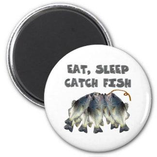catch fish 6 cm round magnet