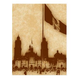 Catedral en el Zocalo del DF con la Bandera 11 Postcard